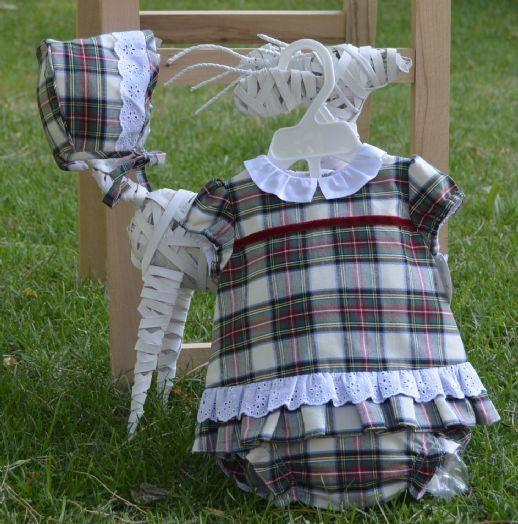 Conjunto tres piezas. Cuadro Escoces. Nueva Colección otoño-invierno