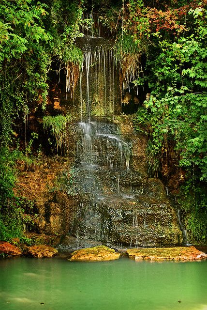 taize waterfall | Taize, Quelle St. Etienne - a gallery on Flickr