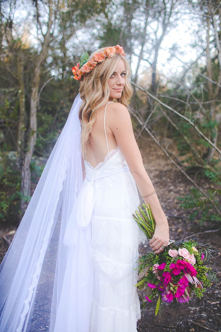 This Site Will Make You A Custom Wedding Veil For Cheap I LOVE THIS