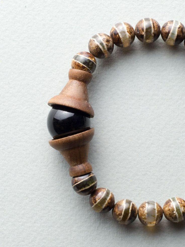 Eye Handy Bracelet by Carla Szabo #jewelry #design #details