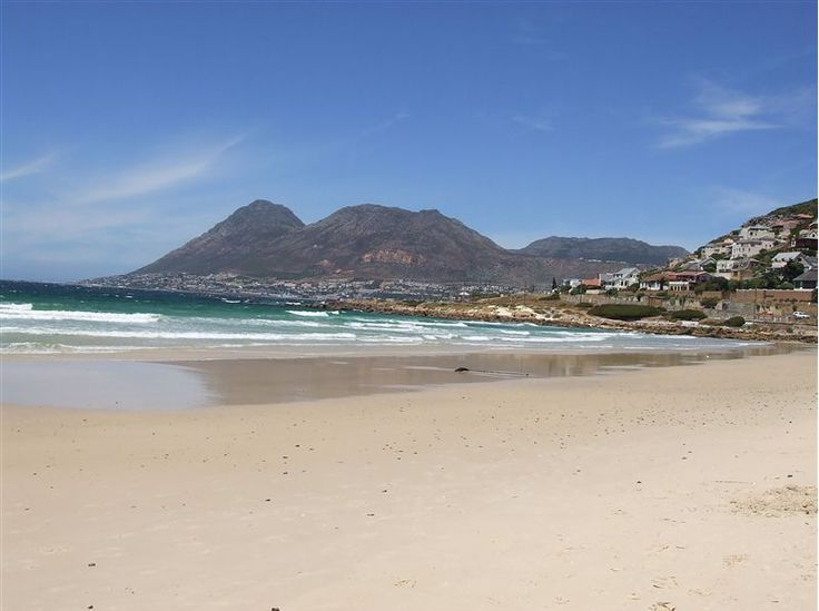 Self catering accommodation, Glencairn, Cape Town   Glencain beach  http://www.capepointroute.co.za/moreinfoAccommodation.php?aID=391