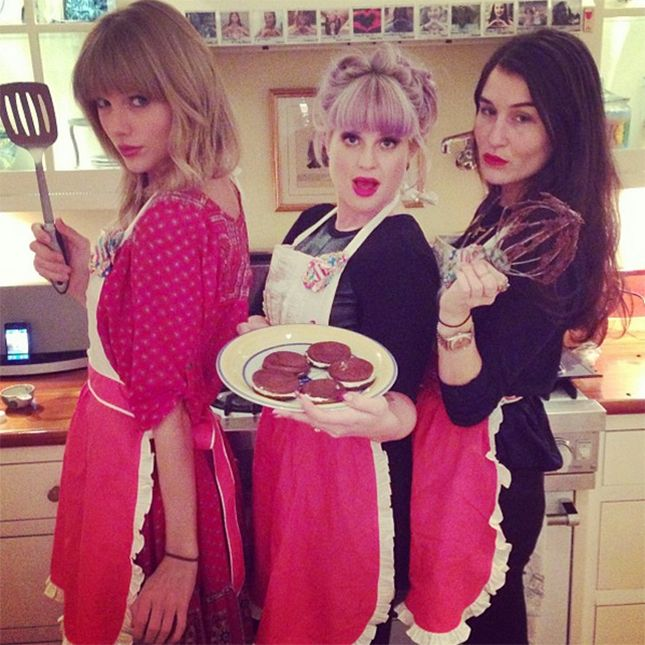 This Is Taylor Swift's Favorite Cookie Recipe Revealed via Brit + Co.