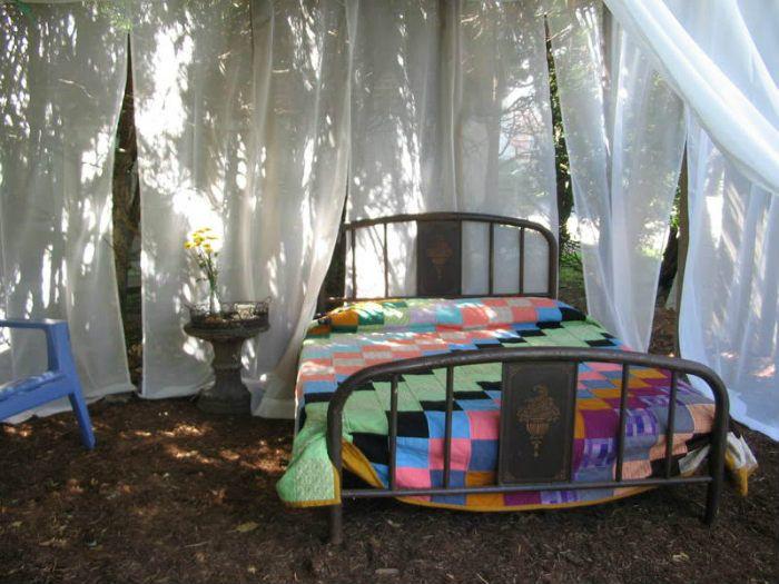 5 Κρεβάτια εξωτερικού χώρου για χουζούρεμα στην φύση!  #design #diakosmisi #DIY #διακόσμηση #έμπνευση #ιδέες #ιδεεςδιακοσμησης #καλοκαιρι #κήπος #κρεβάτια #κρεβατιαεξωτερικουχωρου #κρεβατιακηπου #κρεμαστακρεβατια #μπαλκονι #φτιάξτομόνοςσου #φυτά