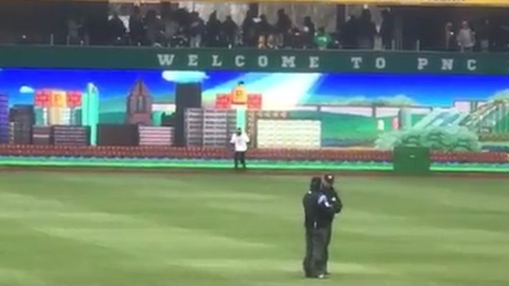 Pirates fans can play Super Mario Bros. on new right field LED screen [X-Post From /r/sports]