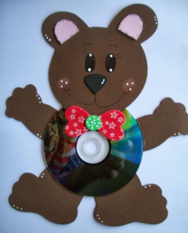 CDden Ayıcık - Atık CDlerden ve kağıtlardan sevimli bir ayıcık. Okul öncesi çocuklar için güzel bir çalışma.