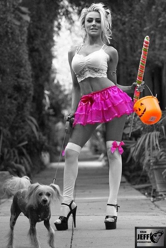 Hot girl Rose Orange Rouge et Violet