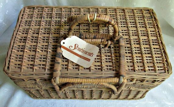 Rectangle Wicker Handled One Lid Picnic Basket by EauPleineVintage