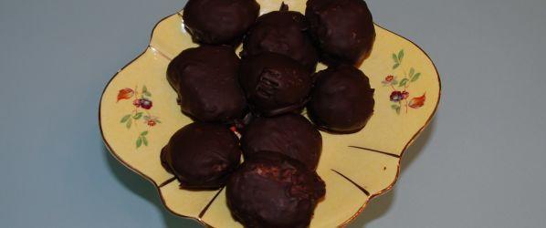 Chocolate Coconut Balls Recipe - Genius Kitchen