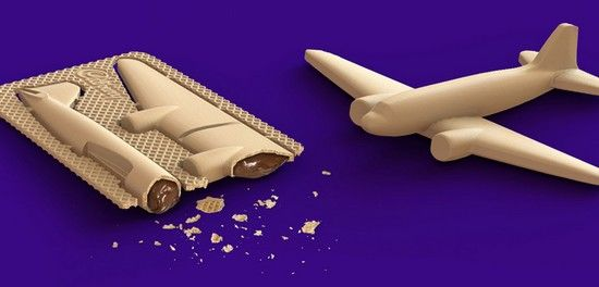 biscuit en kit, à monter soi-même par Cadbury. L'ensemble est comestible à base de gaufrette. Formes : cheval, dinosaure, avion, voiture de course