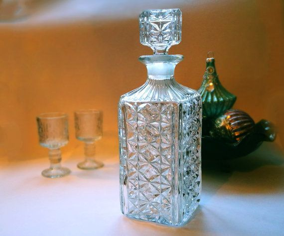 the 25 best ideas about whiskey decanter on pinterest. Black Bedroom Furniture Sets. Home Design Ideas