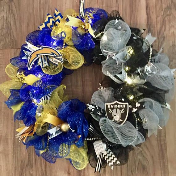 House-divided Chargers/Raiders LED Wreath