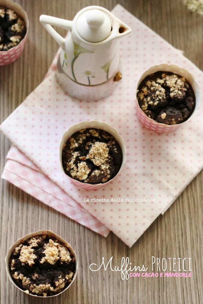 La ricetta della felicità: Muffins proteici ultralight con cacao e mandorle (...e fagioli!)