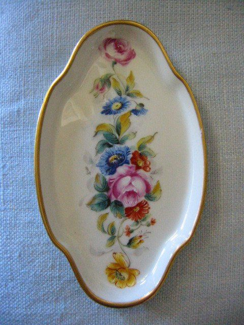 Vintage gorgeous art deco Limoges France miniature tray, hand painted, with beautiful bold and colorful flowers , decorated gilt rim. singed, and stamp marked with crown and in excellent condition. Th