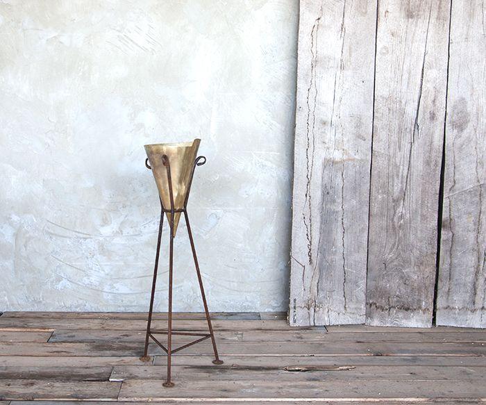Portacenere cono prodotti oggetti vari interior design for Oggetti design online