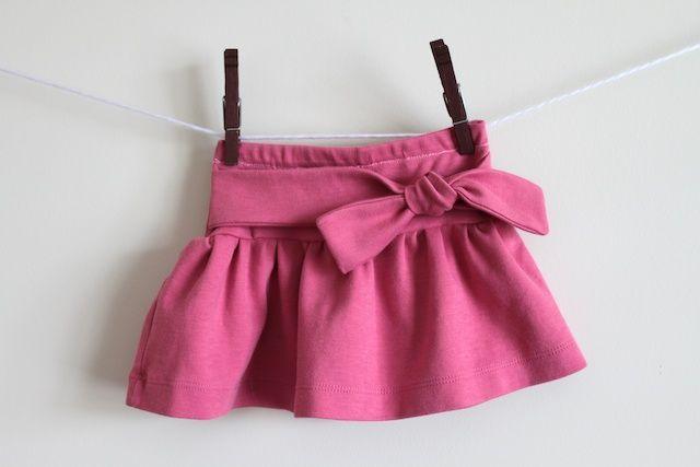 knot-me skirt - süßer Rock mit Schleife 12M upcycling, Tutorial aus altem T-shirt