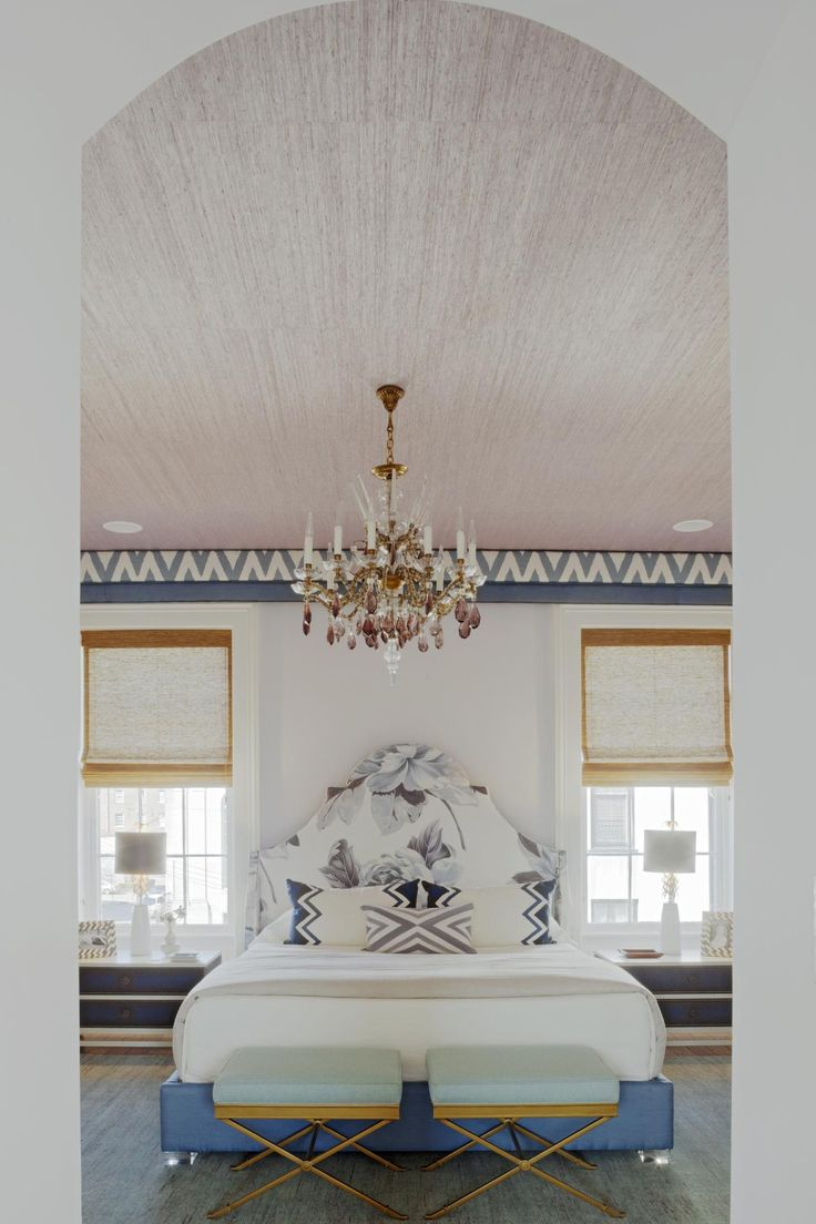 Paint colors for in bedroom traditional with exposed beams butter - Find This Pin And More On Bedrooms Master Guest