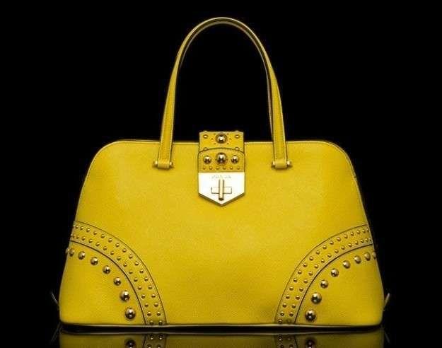 Bolsos Prada primavera verano 2014: fotos de modelos - Prada bolso amarillo