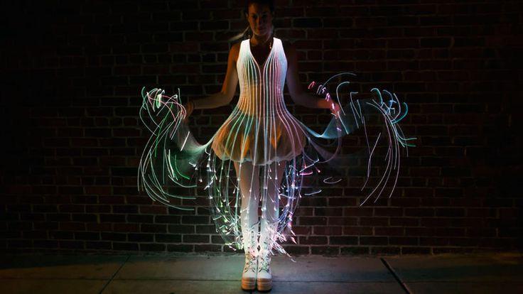 Fibre Optique: Robe de Soirée Futuriste à faire soi-même (Tuto)