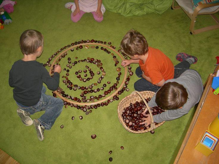 74 best images about mandala on pinterest snowflakes - Fensterdeko im kindergarten ...