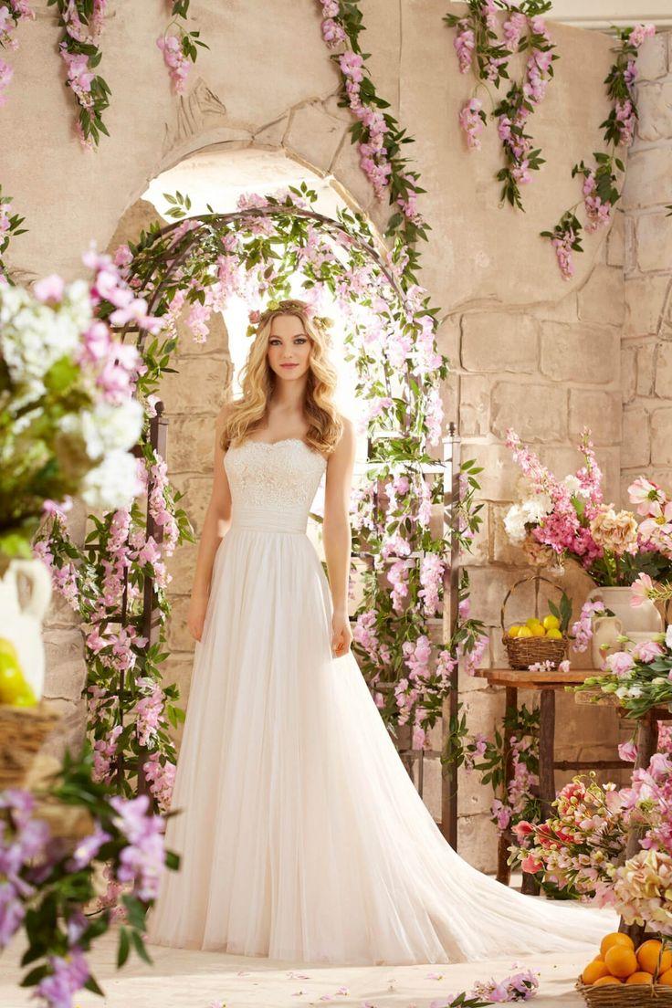 Retrouvez les robes de mariée Mori Lee Madeline Gardner · Fleur d'Oranger