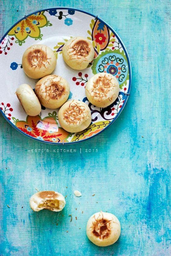 HESTI'S KITCHEN : yummy for your tummy: Bakpia Basah Isi Keju (eggless)