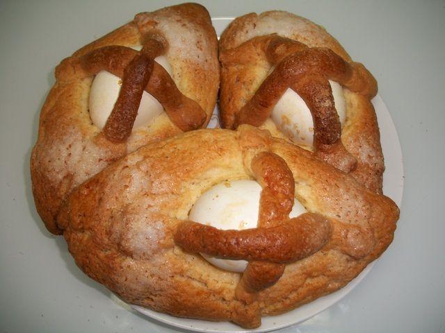 Monas de Pascua de la región de Murcia Ver receta: http://www.mis-recetas.org/recetas/show/14828-monas-de-pascua-de-la-region-de-murcia