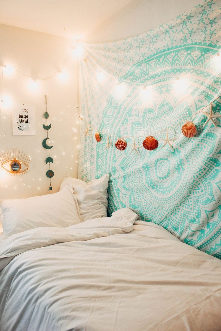 Fairy Themed Bedroom Decorations: 25+ Unique Fairy Theme Room Ideas On Pinterest