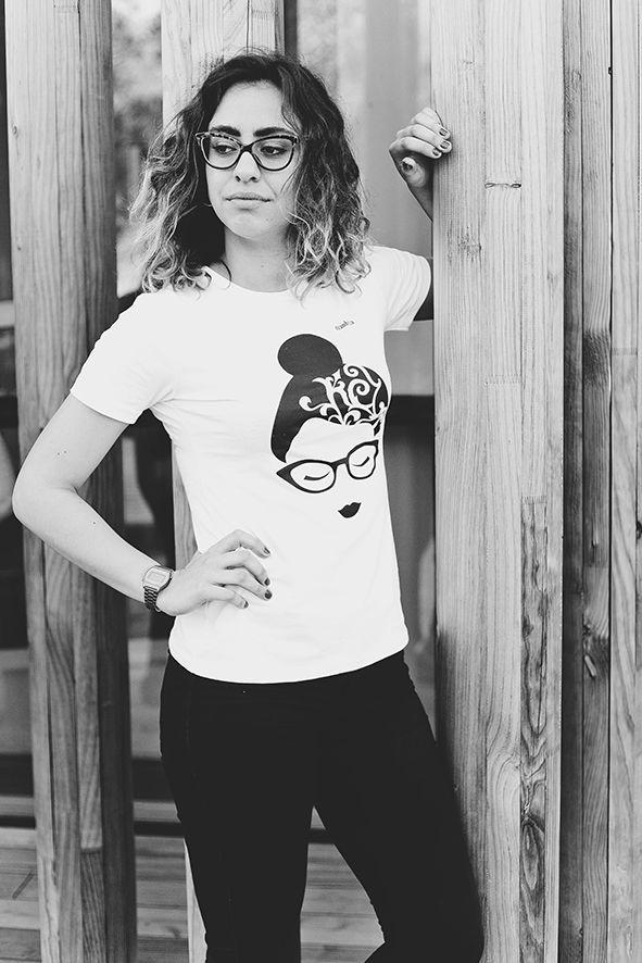 Camisetas de algodón orgánico, estampadas con tintas al agua. Respetuosas con el medio ambiente www.strambotica.es