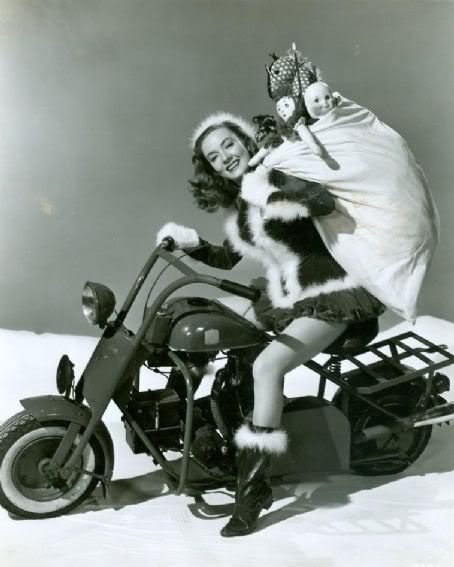A few naughty and few nice vintage Christmas photos