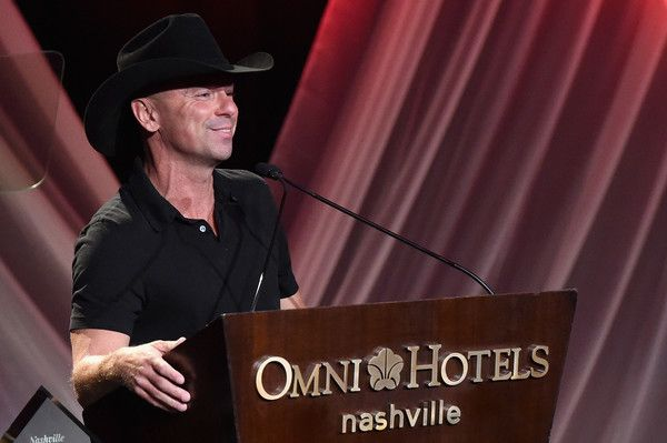 Kenny Chesney speaks at the T.J. Martell Foundation 9th Annual Nashville Honors Gala at Omni Hotel on February 27, 2017 in Nashville, Tennessee.