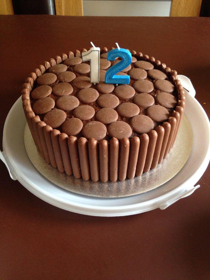 Giant choc button & cadbury finger cake