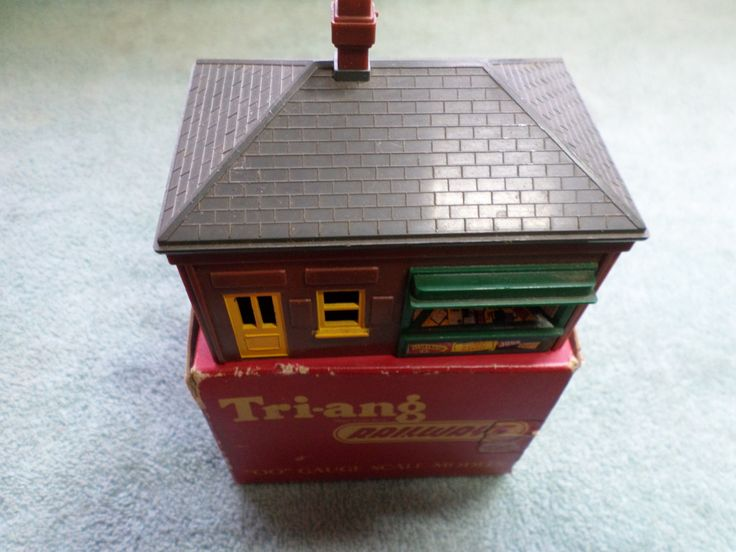 Triang R.66 Porters Room Mint in Box by RoseCollectable on Etsy