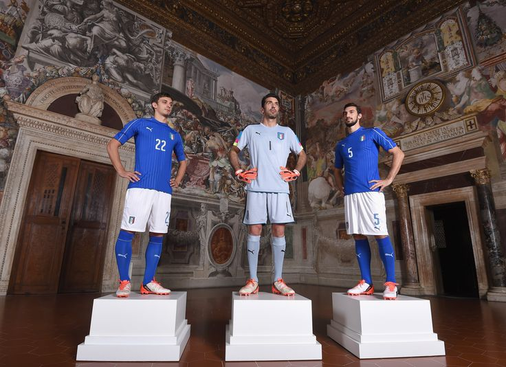 Italy official uniform (Puma) at Euro 2016