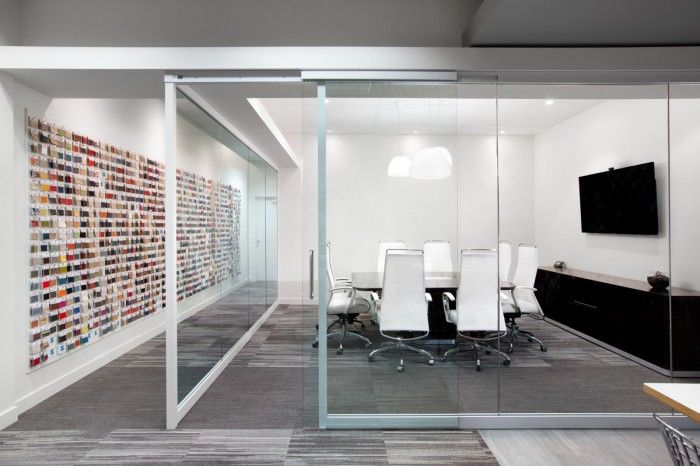 blackburn-young-office-solutions-vancouver-showroom-office