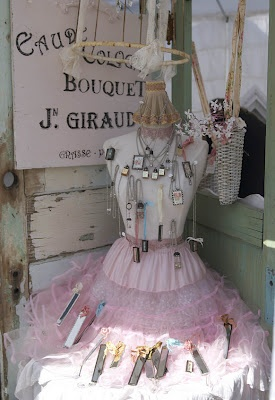 Shabby Dress Form display, would love to have in the bedroom in a little nook!