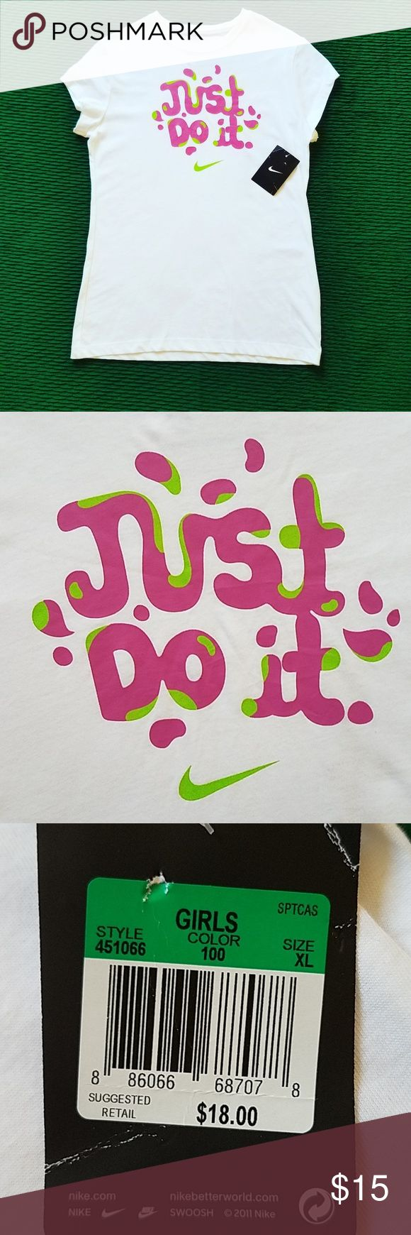 """Girls NIKE tee White with """"JUST DO IT"""" logo and nike"""