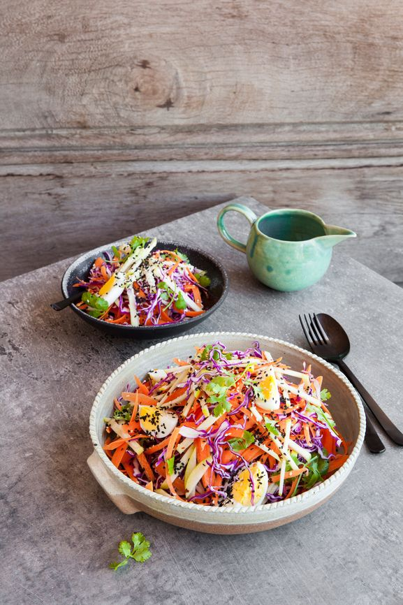 If you've ever felt the 3pm brain fog after a  not-so-well-thought-out-lunch, you'll understand the importance of fuelling  your mind and your body for your working day.  The incredible Asian inspired flavour & simplicity of this salad is what  many tell us they love, however the nutritious