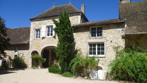 Venez découvrir la Bourgogne du Sud au Château de Mirande !