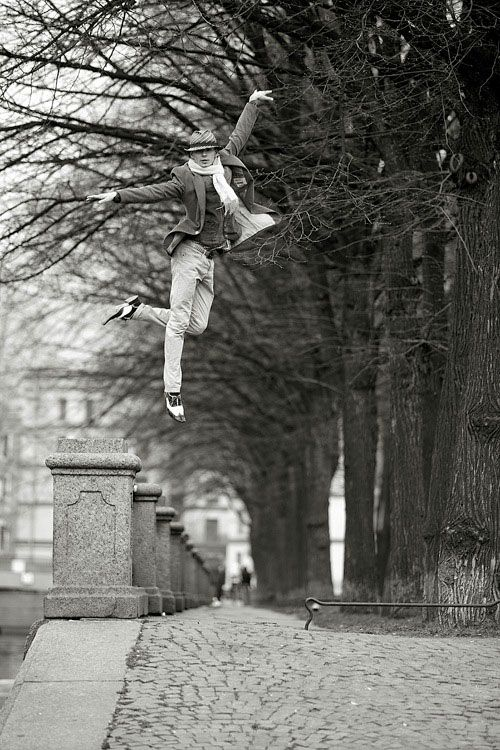 Best Photography of Dance - That's got to be Nureyev. http://picturescollections.com/dance-photography/