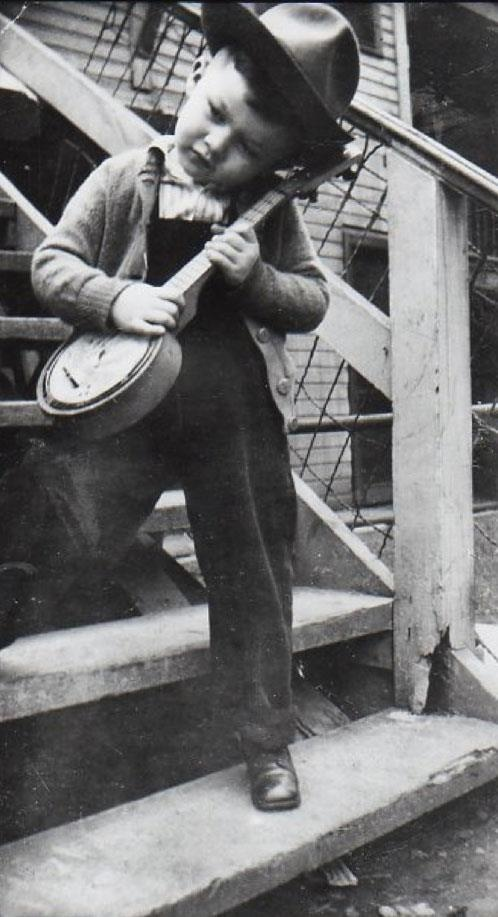 Canada's Robbie Robertson circa 1946.