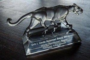 FNPF's Founder receives World Rainforest Award