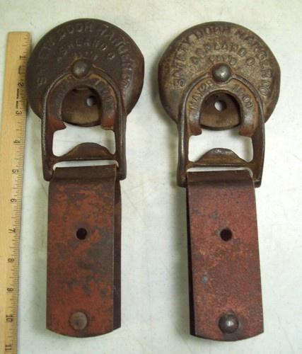 Antique cast iron safety barn door hanger rollers for Barn door rollers