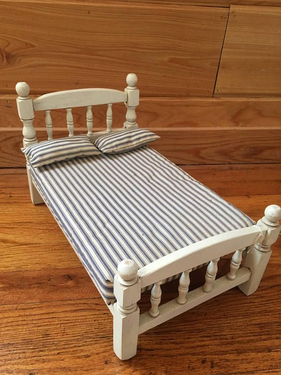 Baby Doll Bed, VintageToy, Doll House Furniture