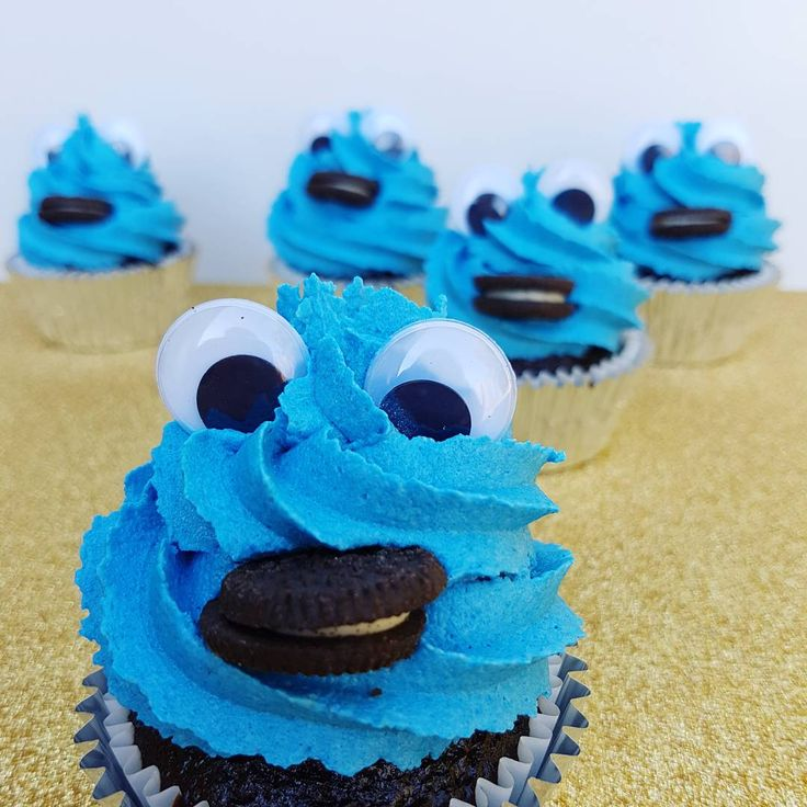 Cookie Monster  Cookie, cookie monster, cupcakes, cupcake, cute, buttercream, cake, blue