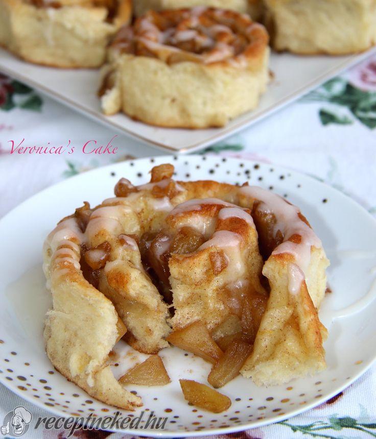 Kipróbált Fahéjas, almás csiga recept egyenesen a Receptneked.hu gyűjteményéből. Küldte: Magyarné Fekete Veronika