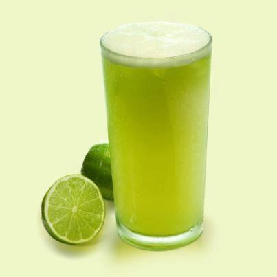Poder nas mãos: Limonada com manjericão  Rendimento: 1 litro Tempo...