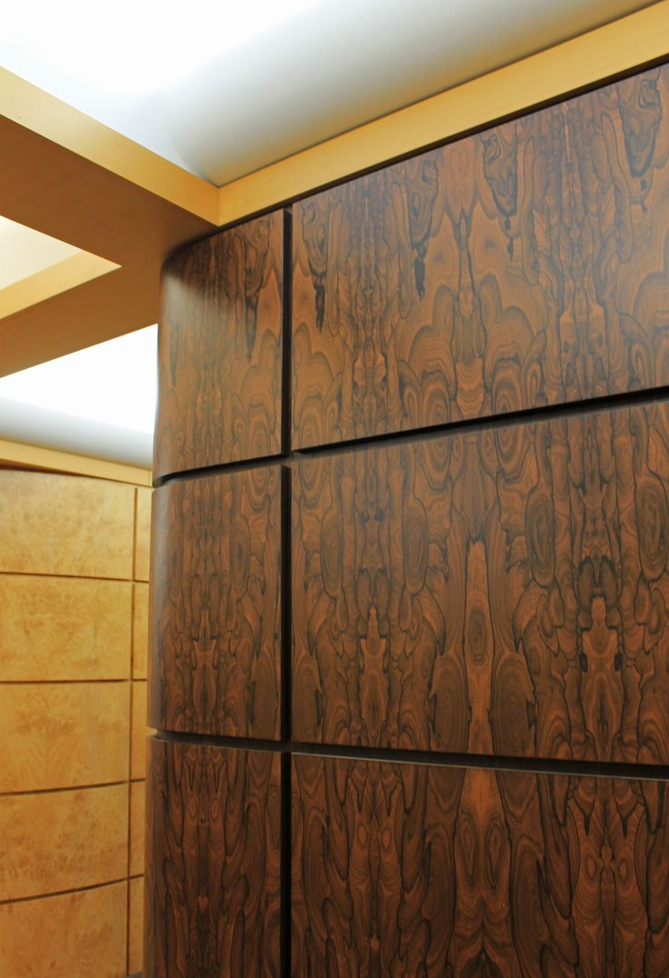 Ziricote on the walls of the Bohlke office. #rosewood #ziricote #rosewoodziricote #bohlke #veneer #woodveneer