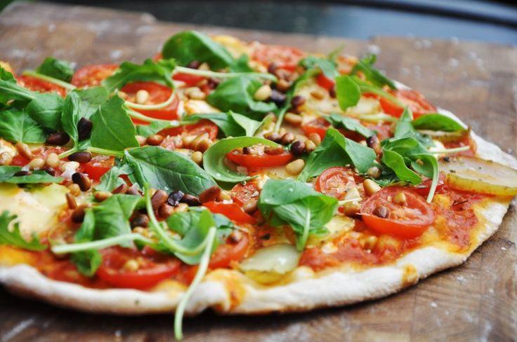 Grillet pizza med mascarpone,kartoffelskiver og pinjekerner , Andet,Andet, Andet, Pizza, opskrift