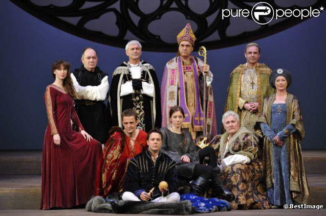 l'alouette theatre montparnasse | Sara Giraudeau et la troupe de la pièce L'Alouette , au théâtre ...