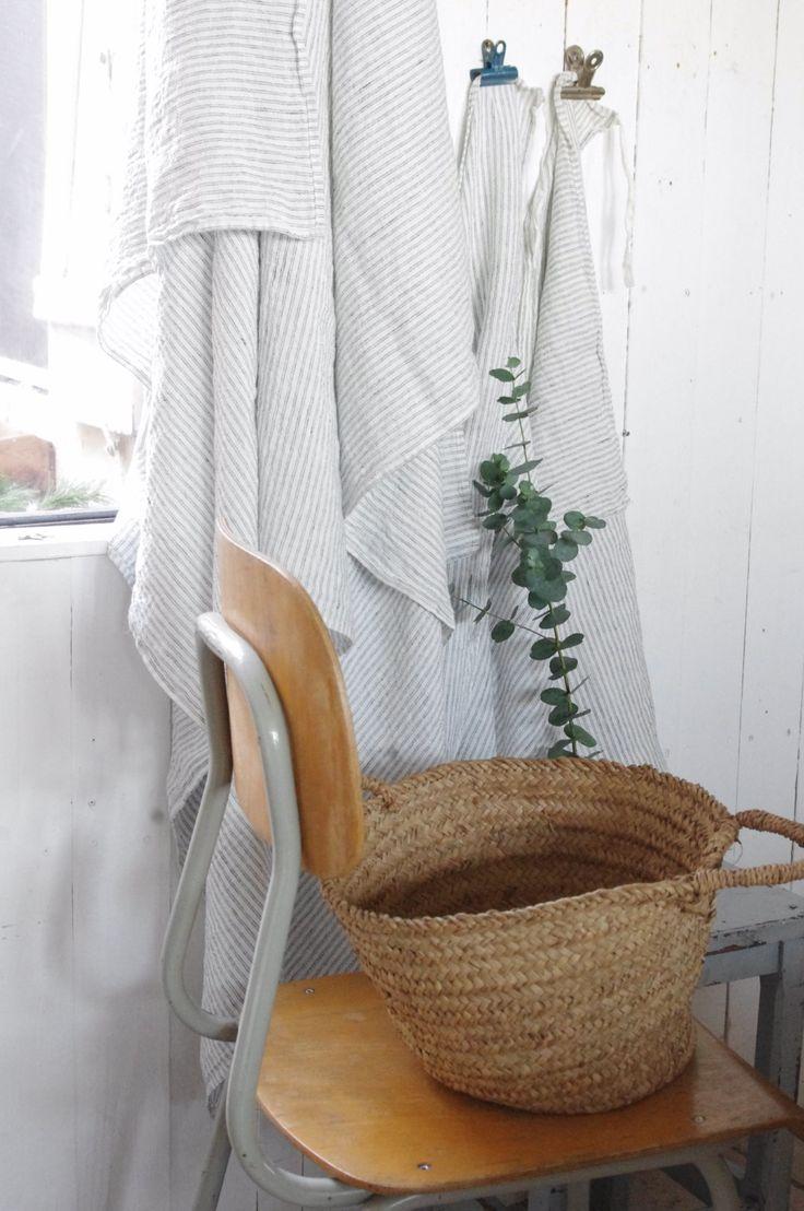 Waschräume, Korb, Ferienhaus, House Ideas, Badezimmer, Innenarchitektur,  Box, Süß